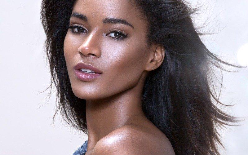 Leila Lopes angola