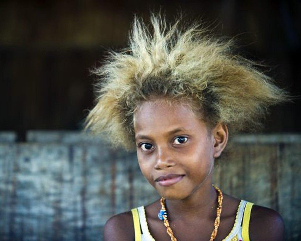 jeune fille mélanésie