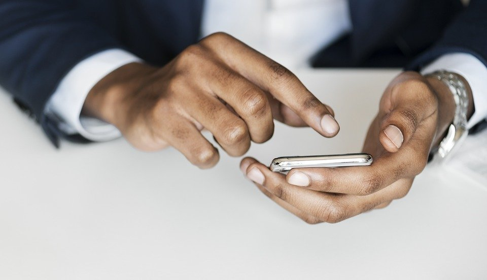 smartphone scrolling